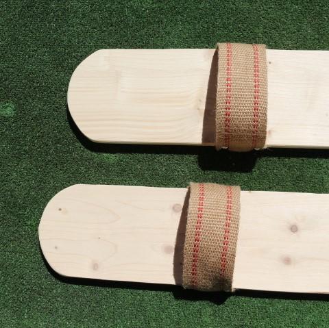 autantjouer jeu en bois coordination skis 4 places adultes devant